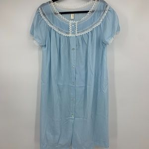 Barbizon medium nightgown Diana lace dressing gown